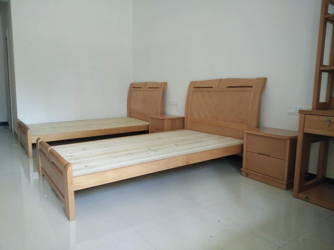 乐师傅家具工程案例-广西防城港-立捷家具-寝室衣柜/床头柜/木质床配送安装